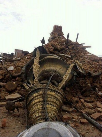 Stupa de Bodnath après le séisme du 25 avril 2015.